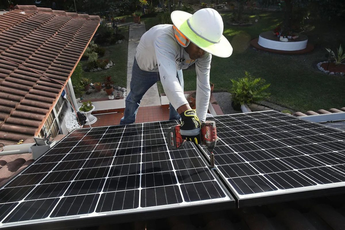 Why are Solar Rooftops not Catching on in Canada?